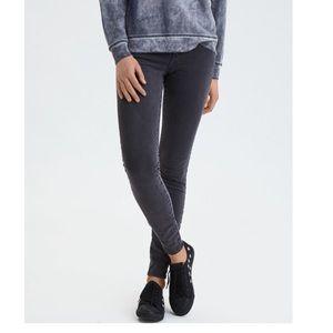 American Eagle Faded Black/Dark Gray Skinny Jeans